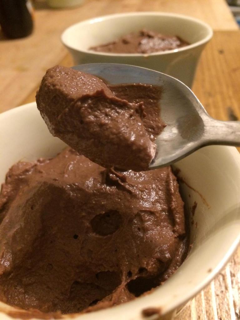 Chocolate mousse spoon